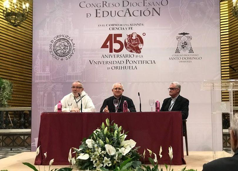 esponera-orihuela-universidad