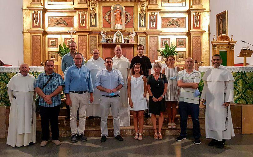 Inaguración-en-Huete.D.-Fran-Domench,-alcalde,-alcaldesa-de-Caleruega-,-Fr.-Ruben-Martinez,-Fr.-Cesar-Valero.jpg